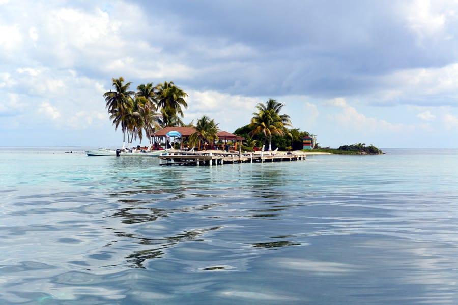 Goff's caye Atoll